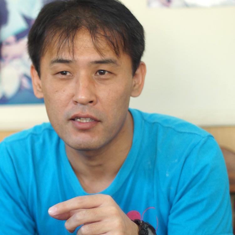 事務局長補佐 Director for Overseas Project, Tokyo Head Office