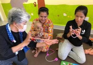 国際医療の現場を知る活動視察カンボジア 患者さんとの交流