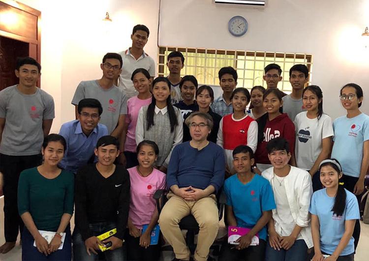 カンボジアの医学生、看護学生