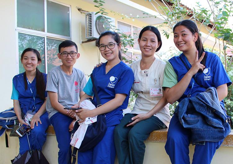 カンボジア奨学生支援「夢の架け橋プロジェクト」奨学金生をご紹介します。