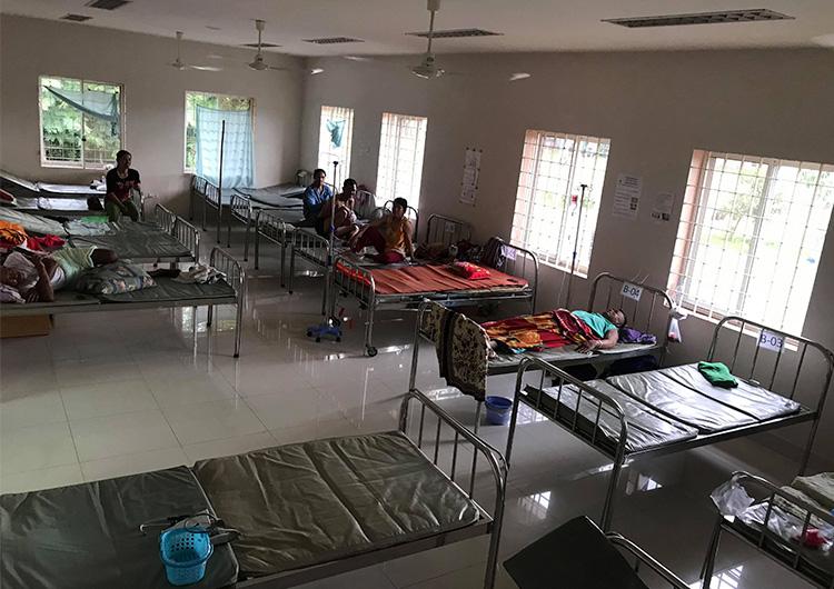 カンボジアのファッションブランドSui Joh様より、 ジャパンハートこども医療センターの病棟にカーテンをご寄付頂きました。