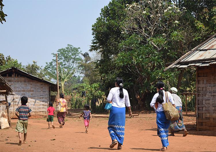 教育の届かない地に住む子どもたち