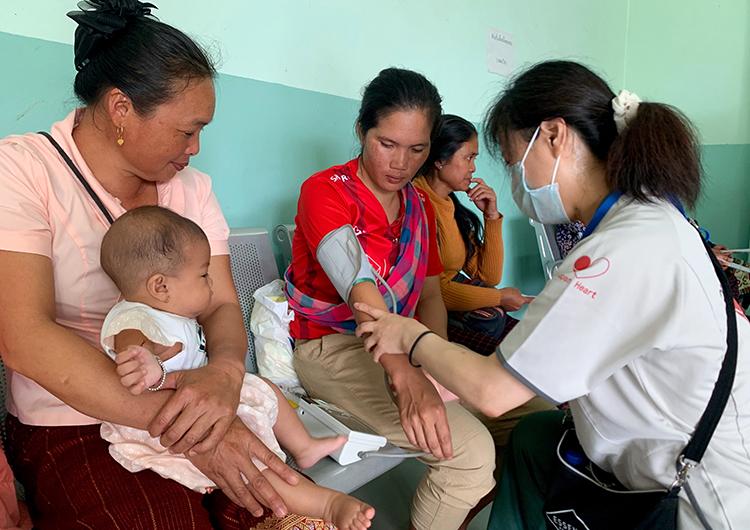 家族の風景 ラオス 国際医療ボランティア 看護師