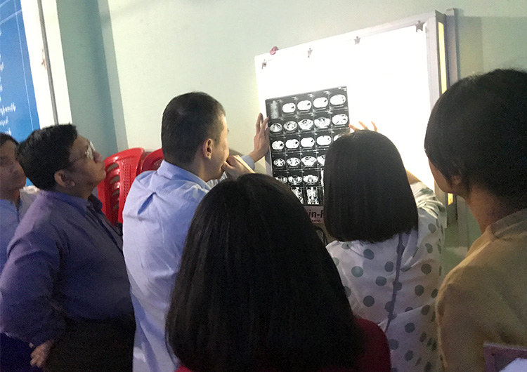 初・マグエ腹腔鏡手術ミッション ミャンマー 専門医療プロジェクト 遠藤俊治