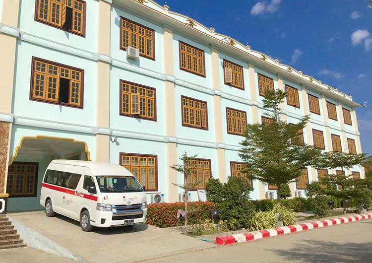 ティーサゥン病院で手術活動始めました。 ミャンマー 看護師