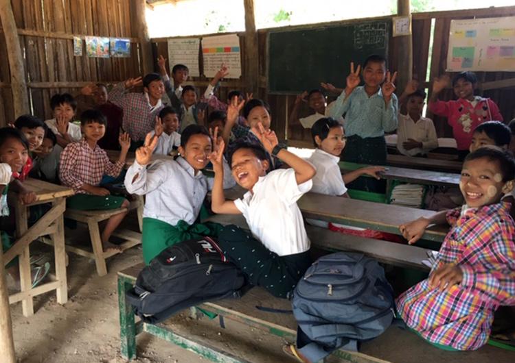子どもたちの出身地の一つであるザガイン管区へ  Dream Train
