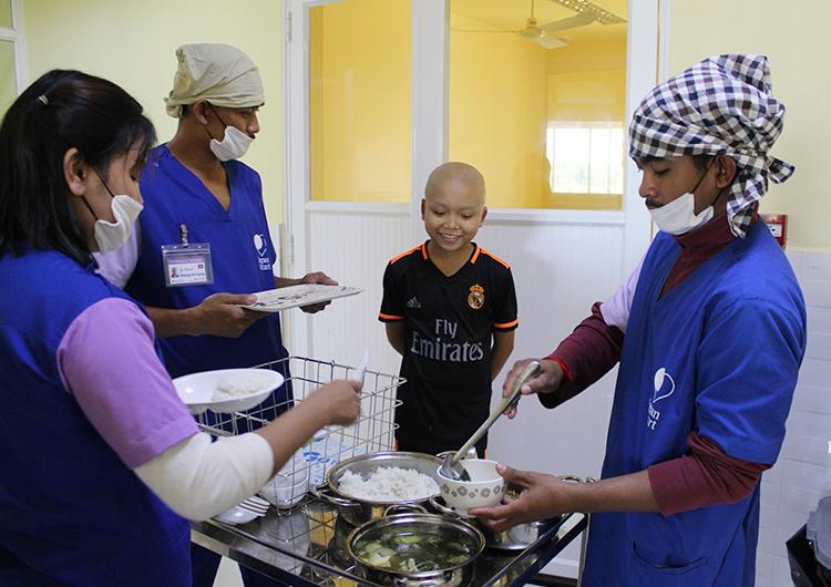 カンボジア ジャパンハートこども医療センター 栄養管理部