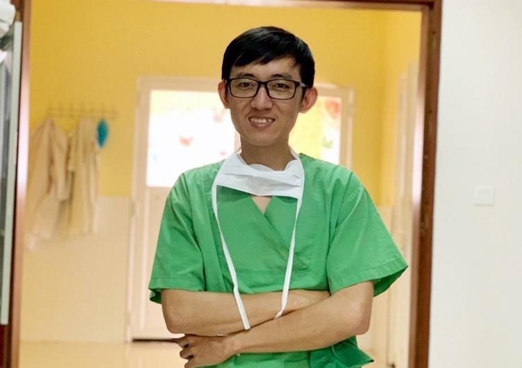 カンボジア手術室で活躍するスタッフ インタビューVol.1  ドクター・シーパン