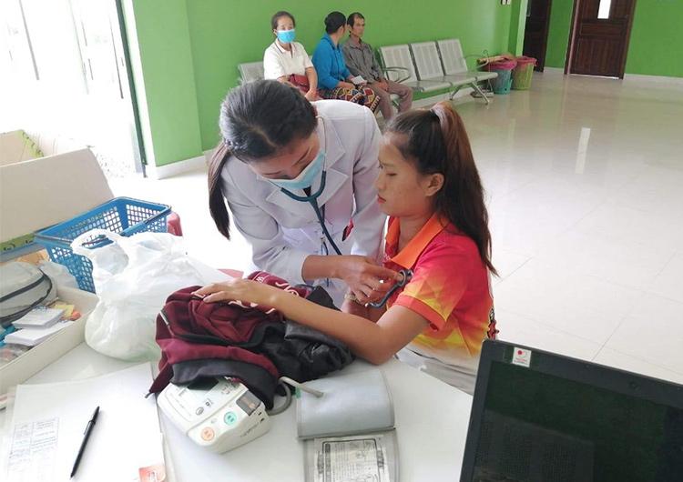 ジャパンハート ラオス ウドムサイ病院の看護師さんにインタビューしました!