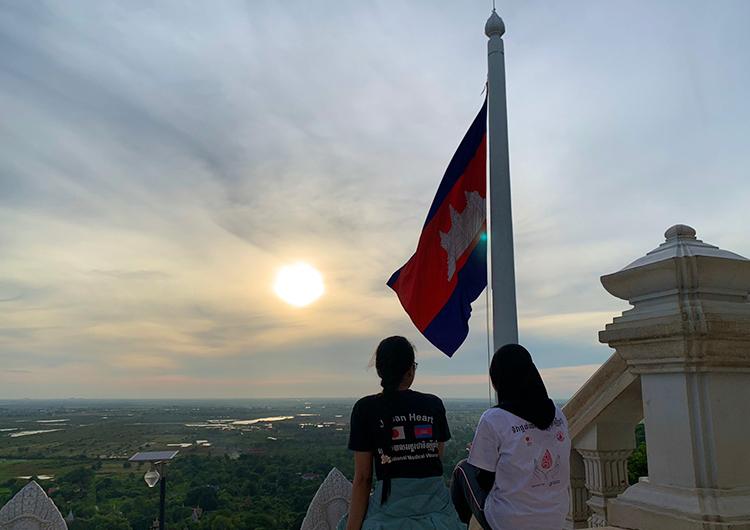 ナチュラルに生きる。- カンボジア 8月の手術活動の報告 助産師 医師 ジャパンハート