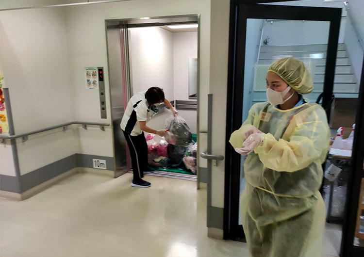 新型コロナと向き合う緊急救援を通して / 熊本・沖縄での医療支援活動
